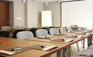 Sala Konferencyjna Średnia #3