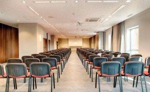 Focus Meeting Room 4 #5