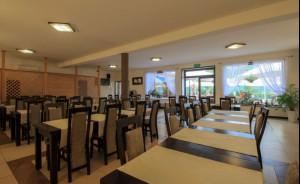 Sala w Restauracji pod Sosną  #4