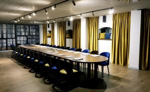 """Sala konferencyjna w restauracji """"Oficyna"""" #13"""