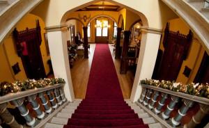 Sala kominkowa w historycznych częściach Pałacu Hardta #10
