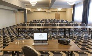 Sala konferencyjna #8