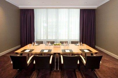 Sheraton Warsaw  Hotel w nowych barwach