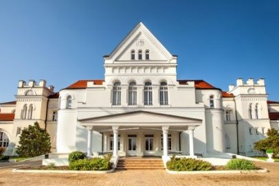 Pałac Łazienki II w Ciechocinku kusi jesienną ofertą specjalną