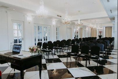 Nowe sale konferencyjne w Pałacu Alexandrinum
