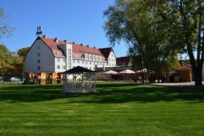 Hotel Milenium na Dolnym Śląsku poleca się na udane konferencje i wyjazdy firmowe