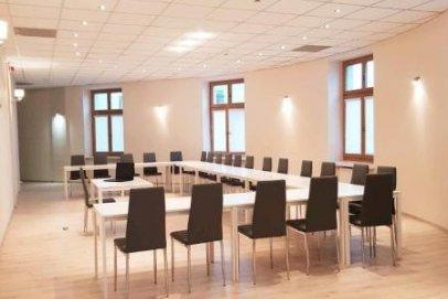 Sala konferencyjna w centrum Warszawy na 100 osób w Puffa Hostel Lux
