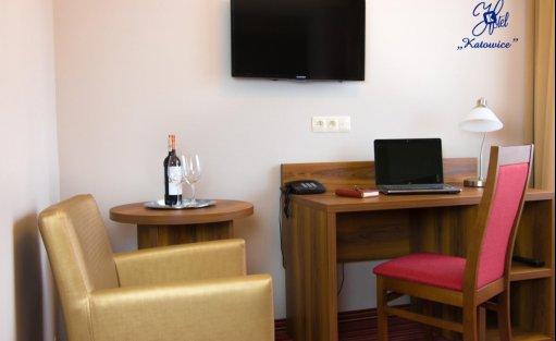 Hotel *** Hotel Katowice*** Hotel Katowice Economy** / 4