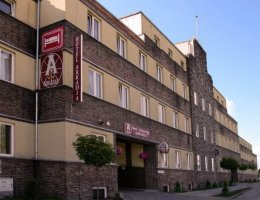 Hotel i Restauracja ARKADIA***