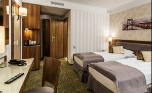 Hotel Lord **** Warsaw Airport Hotel **** / 5