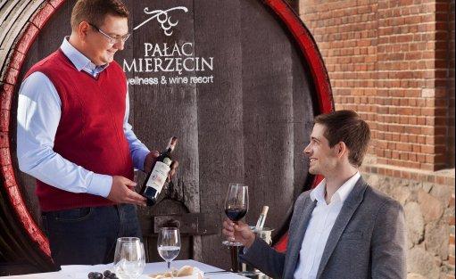 Obiekt szkoleniowo-wypoczynkowy Pałac Mierzęcin Wellness & Wine Resort / 8