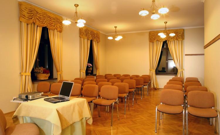 Ośrodek szkoleniowo- wypoczynkowy Pałac w Leźnie / 9