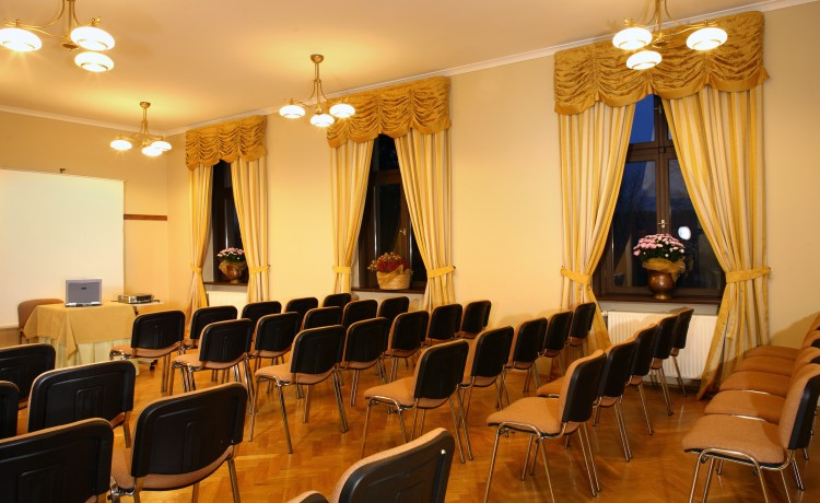 Ośrodek szkoleniowo- wypoczynkowy Pałac w Leźnie / 7