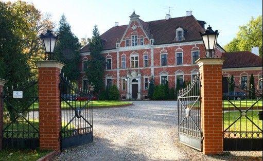 Ośrodek szkoleniowo- wypoczynkowy Pałac w Leźnie / 1