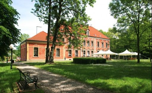 Ośrodek szkoleniowo- wypoczynkowy Pałac w Leźnie / 4