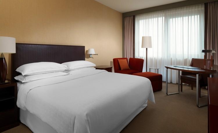 Hotel ***** Sheraton Poznan Hotel / 11