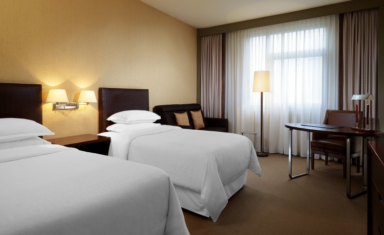 Hotel ***** Sheraton Poznan Hotel / 10