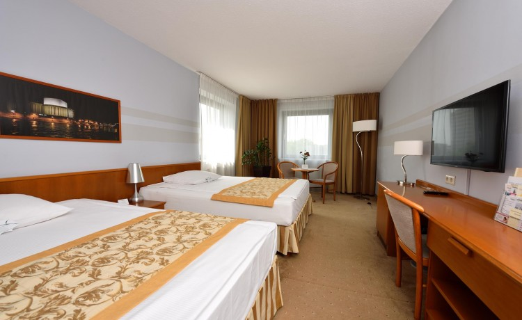 Hotel **** CITY HOTEL / 6