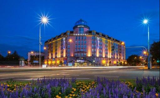 Hotel **** Radisson Blu Sobieski Hotel / 0