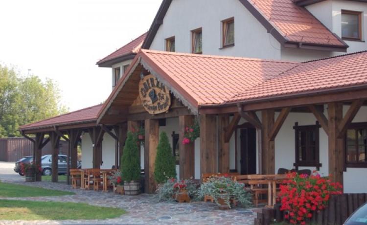 """zdjęcie obiektu, Kompleks Gastronomiczno - Hotelowy  """"Baranowski"""", Pątnica  k/Łomży"""