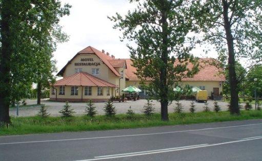 zdjęcie obiektu, Zajazd Pod Jesionami, Nisko