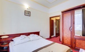 Alpin Hotel ** / 3