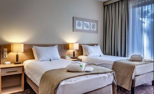 Hotel **** Holiday Inn Warszawa Józefów / 12