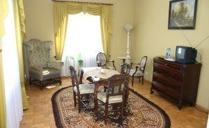 zdjęcie pokoju, Pałac Lubostroń, Lubostroń