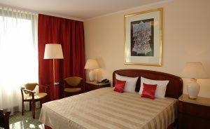 Crown Piast Hotel & Park Hotel ***** / 3