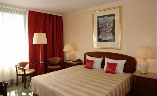 Hotel ***** Crown Piast Hotel & Park / 13