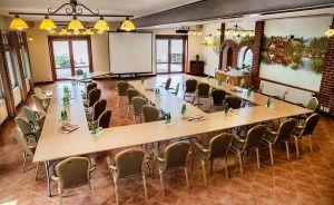 Hotel*** Dworek Wapionka Hotel *** / 3