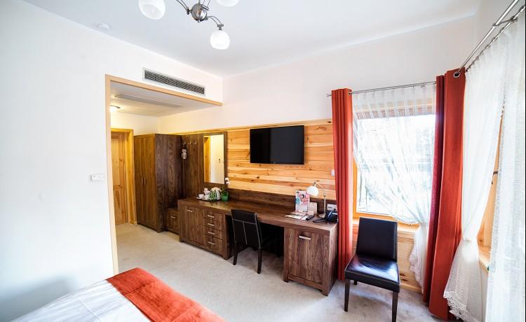 Hotel *** Hotel*** Dworek Wapionka / 19