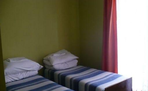 zdjęcie pokoju, Ośrodek Szkoleniowo- Wypoczynkowy Karolinka, Gm.Dębowa Kłoda