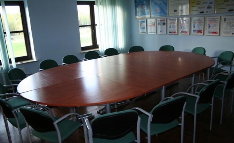 zdjęcie sali konferencyjnej, Dom Nasutów, Niemce