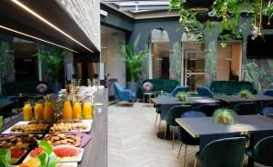 Atrium Hotel Hotel *** / 9