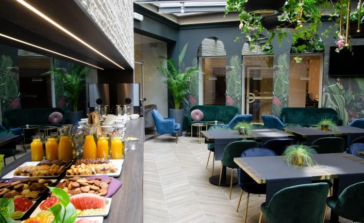 Hotel *** Atrium Hotel / 2