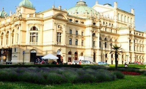 Hotel *** Atrium Hotel / 3