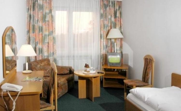 zdjęcie pokoju, Hotel Gromada Busko Zdrój **, Busko Zdrój