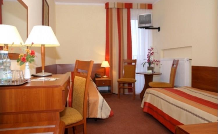 Hotel *** Hotel Gromada Łomża *** / 3