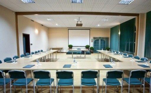 zdjęcie sali konferencyjnej, Hotel Smolarnia, Trzcianka