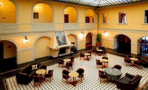 Hotel **** Hotel Zamek Na Skale **** / 10