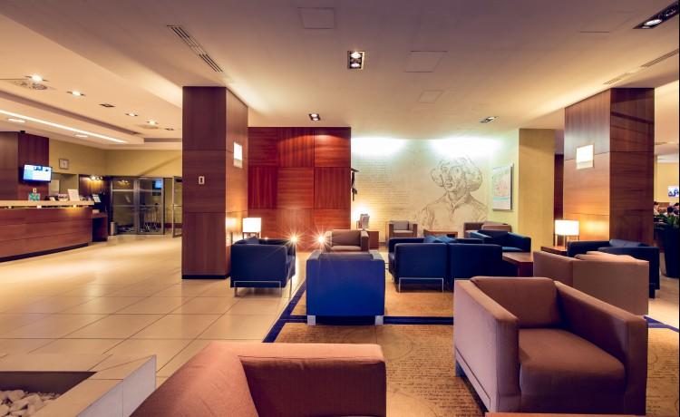 Hotel **** Hotel Mercure Toruń Centrum / 1