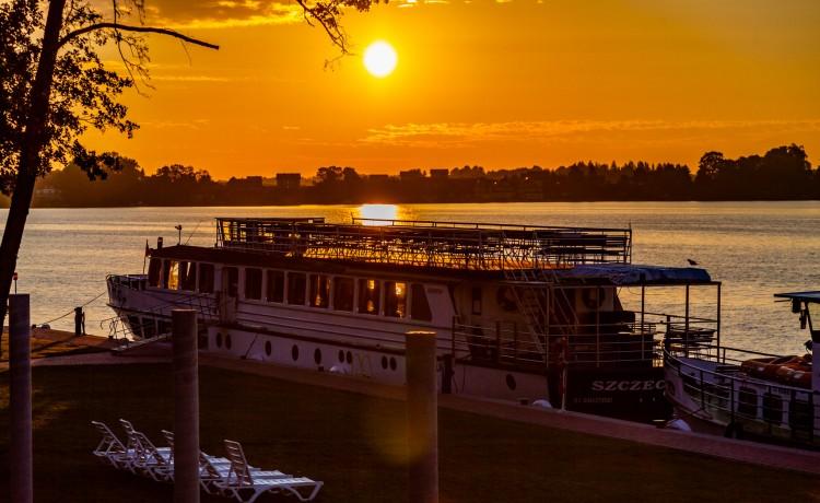 Hotel **** Hotel Robert's Port **** Lake Resort & SPA / 16