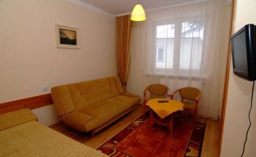 zdjęcie pokoju, Wojskowy Dom Wypoczynkowy Warmia w Waplewie, Olsztynek