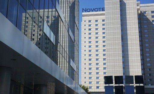 Hotel **** NOVOTEL POZNAŃ CENTRUM / 1