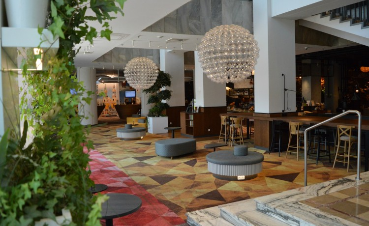 Hotel **** Novotel & ibis Poznań Centrum / 1