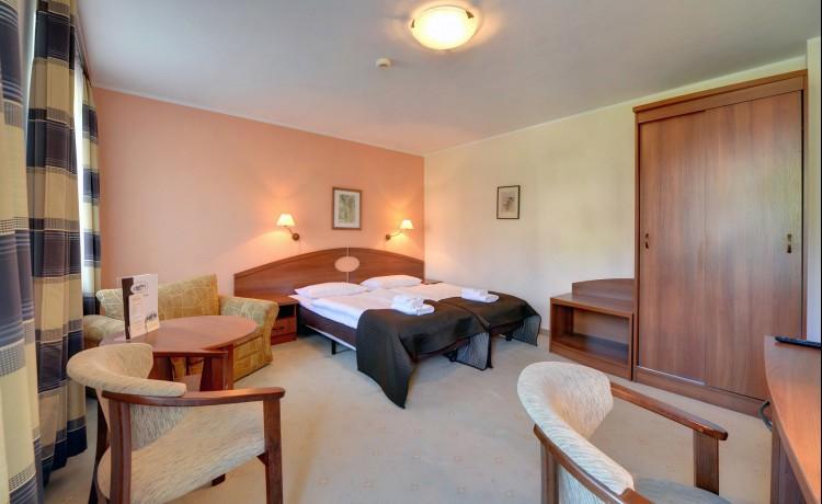 Hotel *** Hotel Nowa-Ski  *** / 7