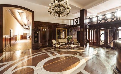 Hotel *** Pałac Łazienki II / 3