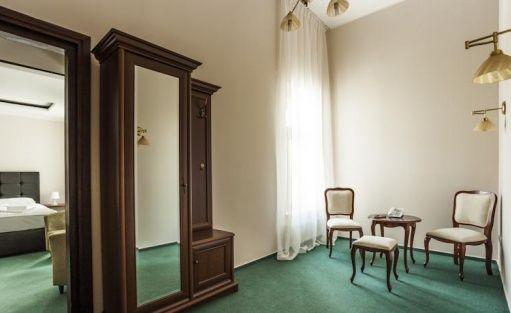 Hotel *** Pałac Łazienki II / 55