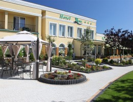 Hotel Renusz***